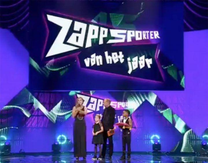 award zappsporter van het jaar 2017 - Lieke Martens - Gravure85