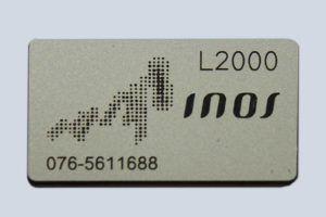 Typeplaten met logo graveren voor INOS