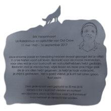 Gedenkplaat RVS laser lijntekening frezen vorm Erik versantwoort old crow 4470 1600x1066 1